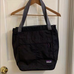 Patagonia laptop bag.